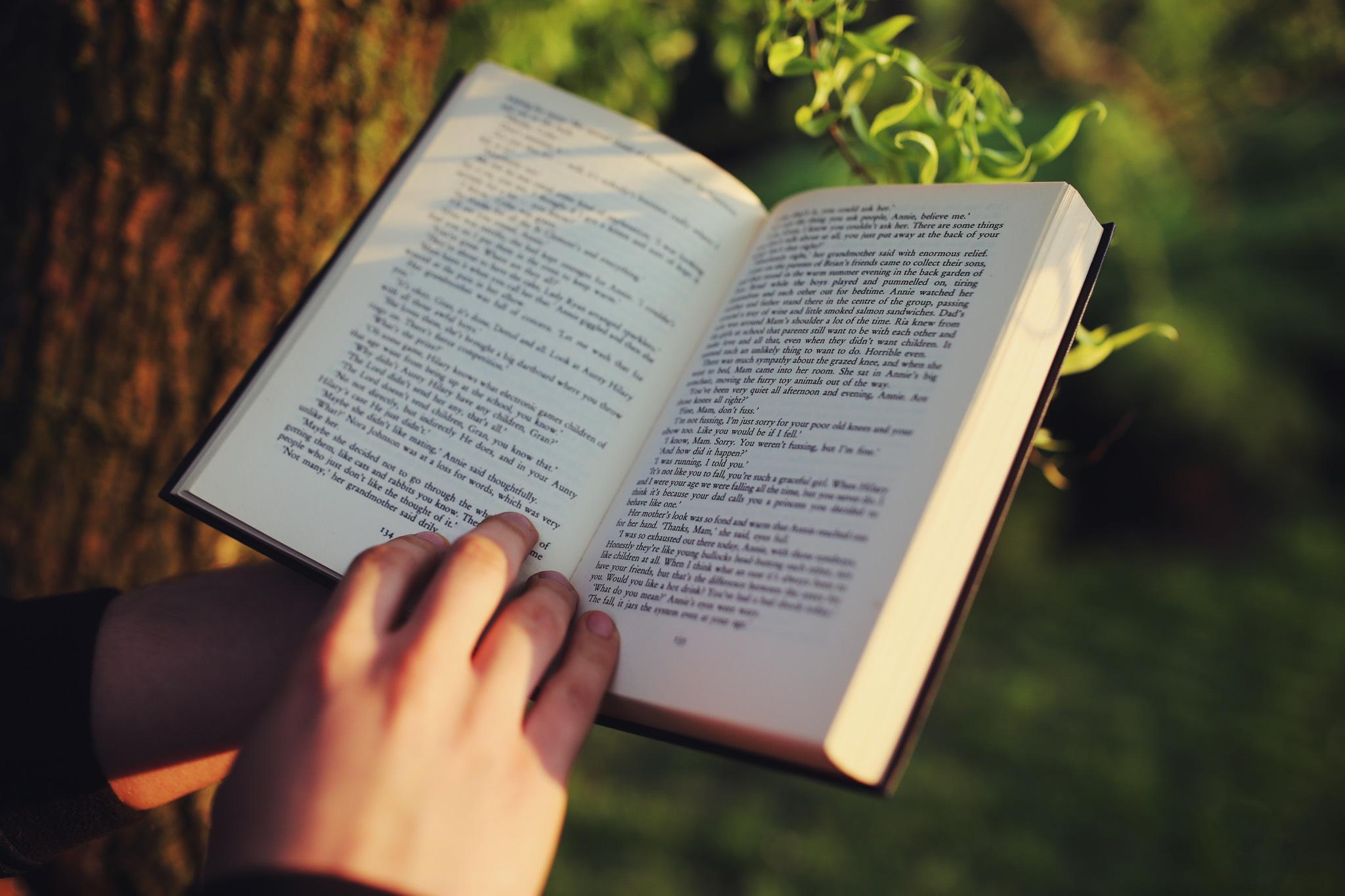 3 książki, które warto przeczytać na drodze do sukcesu.